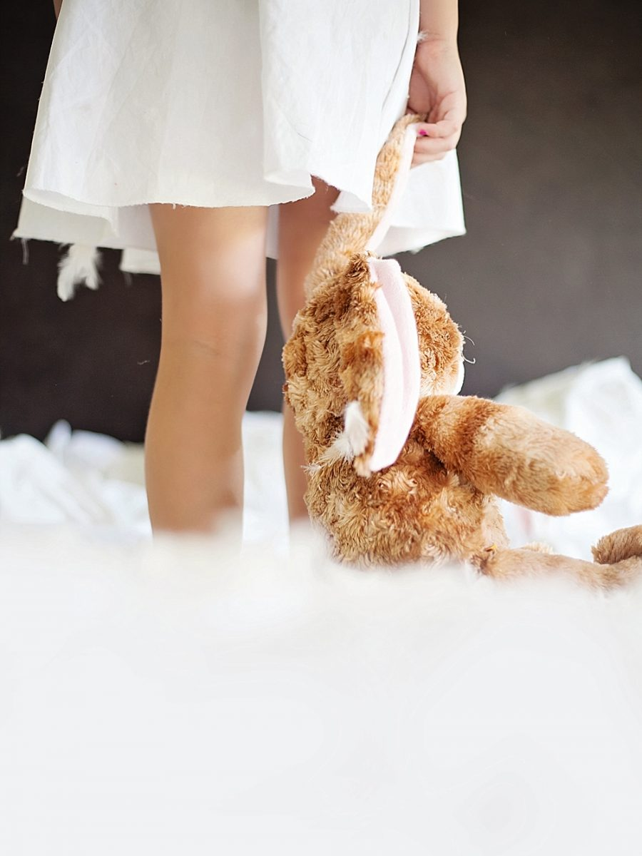 Nestling Photography_styled easter child shoot (18)