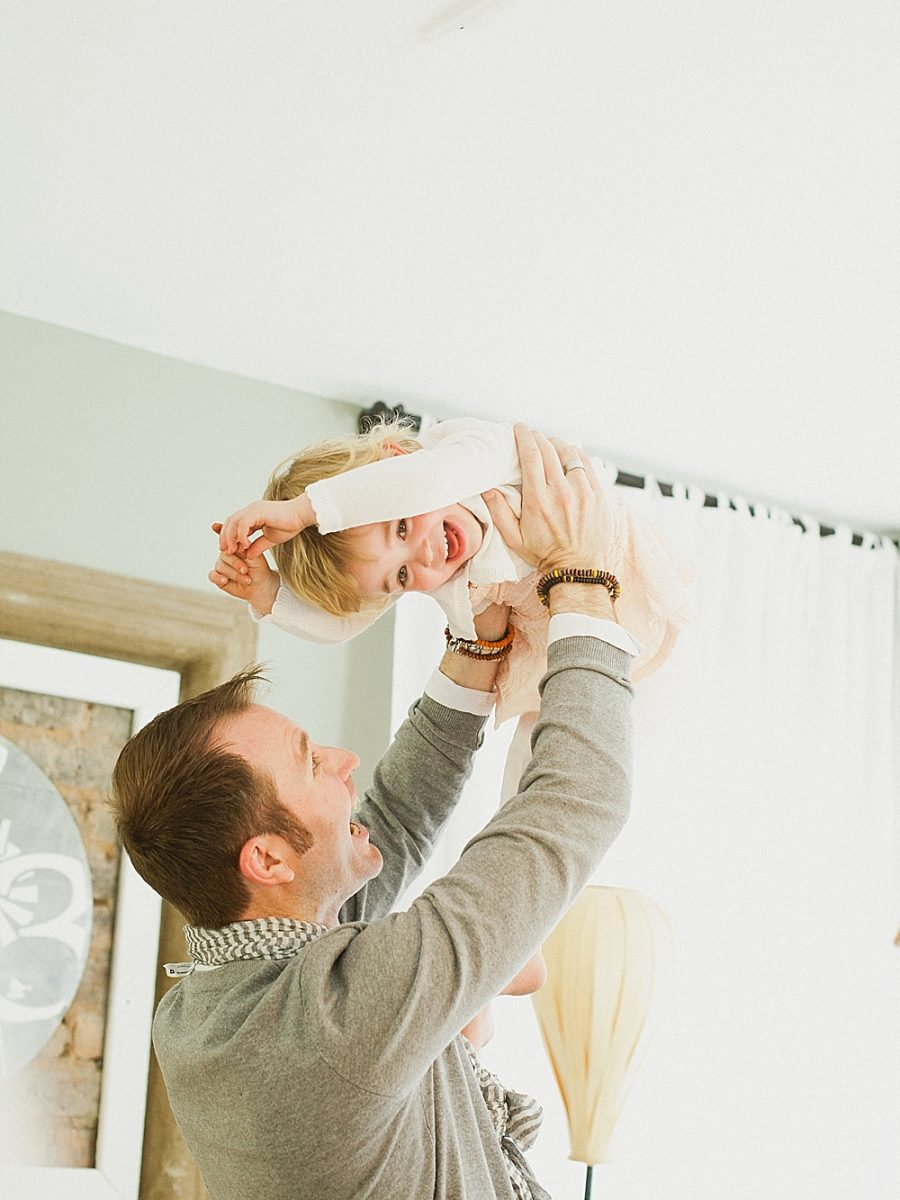 Nestling Photography_Pastel family session (23)