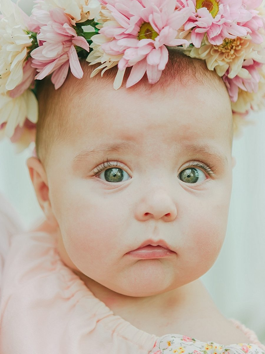 Nestling Photography-flower-crown-family-shoot (10)
