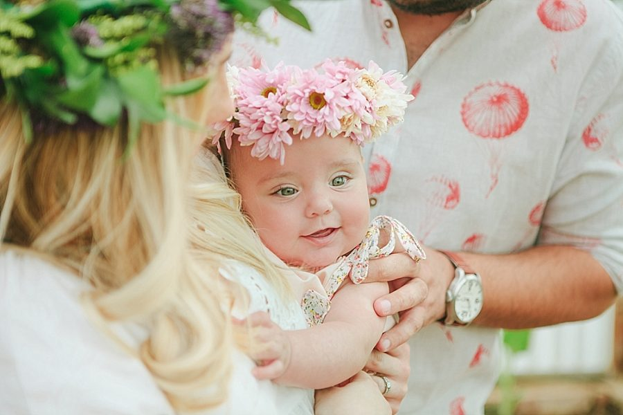 Nestling Photography-flower-crown-family-shoot (19)