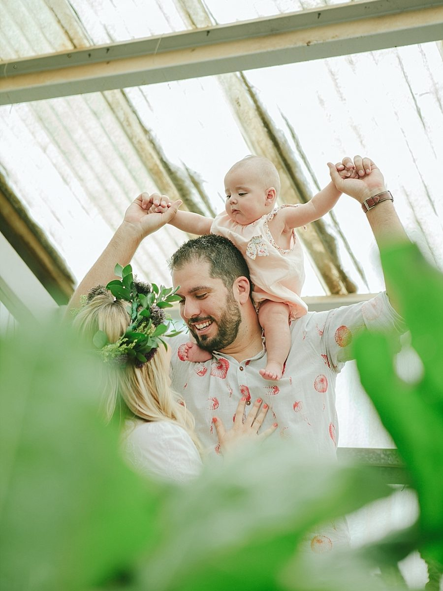 Nestling Photography-flower-crown-family-shoot (22)