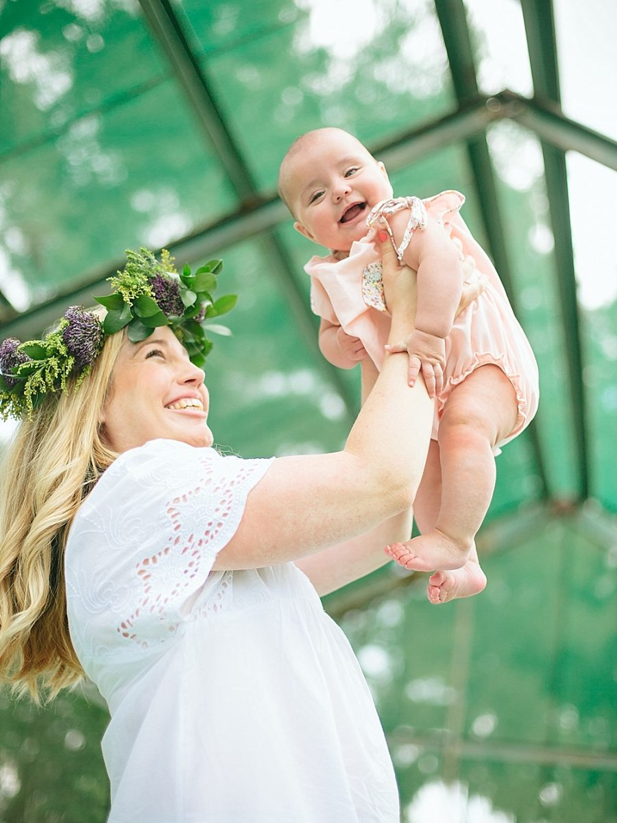 Nestling Photography-flower-crown-family-shoot (9)
